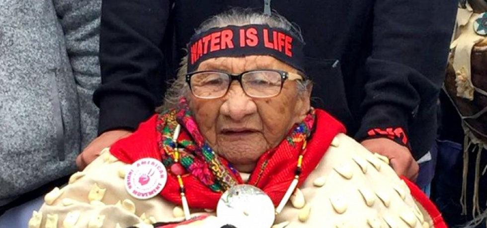 sioux-elder-dapl1